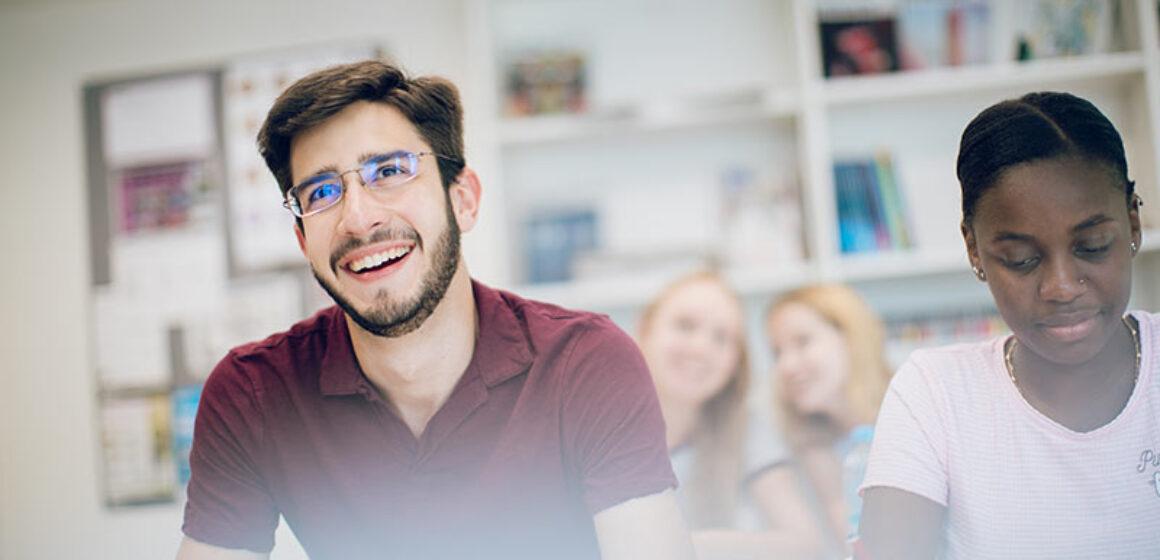 EFL_students_800